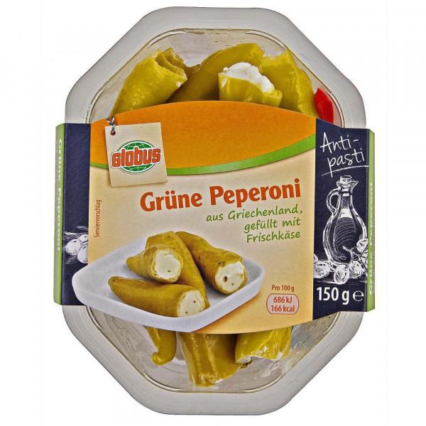 Grüne Peperoni, gefüllt mit Frischkäse