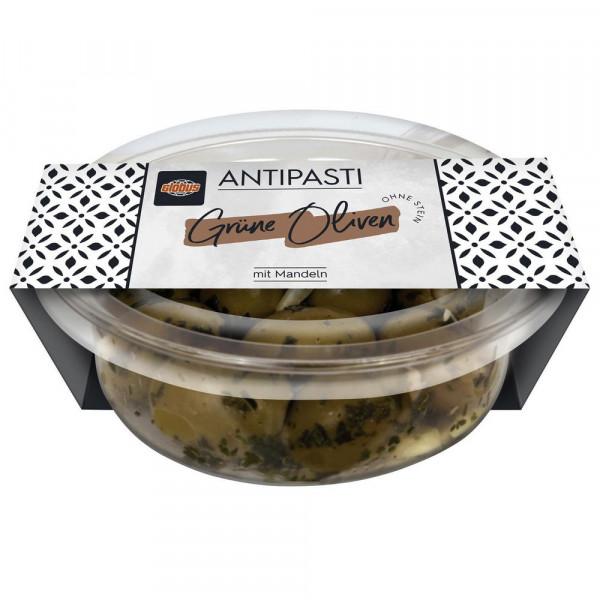 Grüne Oliven, gefüllt mit Mandeln
