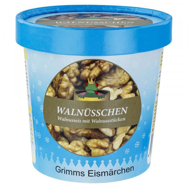"""Walnusseiscreme mit Walnussstückchen """"Walnüsschen"""""""