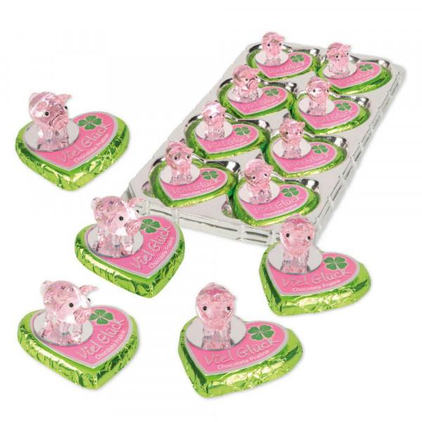 Glasschweinchen auf Pralinenherz